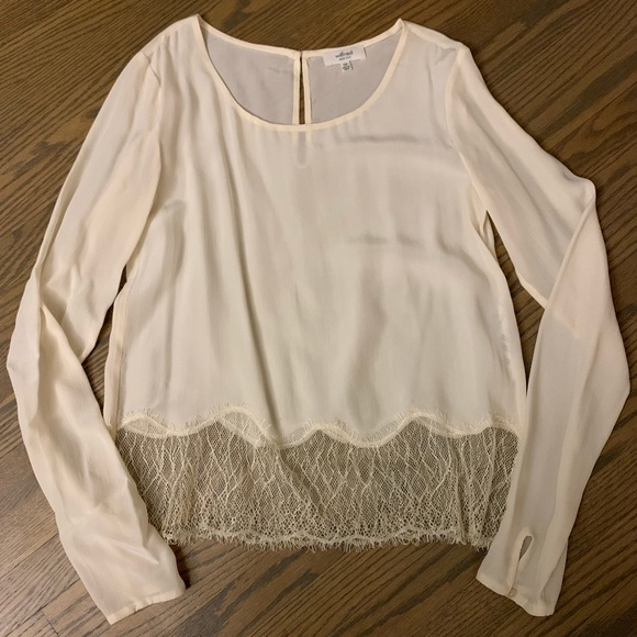 Aritzia Wilfred silk and lace desaix blouse